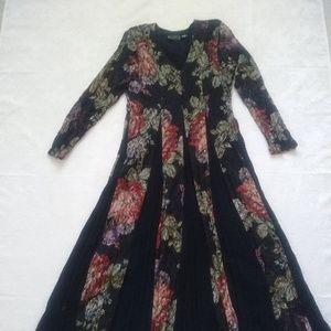 Vintage boho/peasant dress floral lace insert
